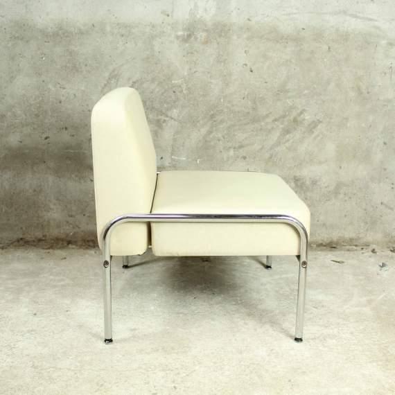 strak vormgegeven retro elementen fauteuil
