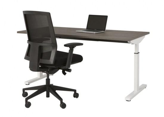 Bureau Easy, zeer makkelijk montage, wit fram en donker eiken blad. Bureaustoelen MKB