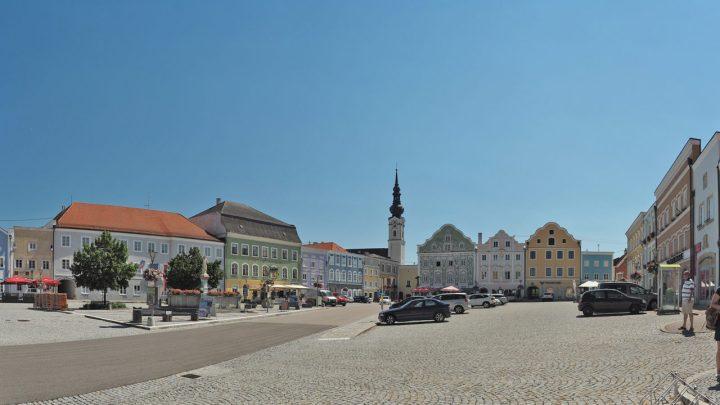 Historischer Marktplatz Obernberg am Inn