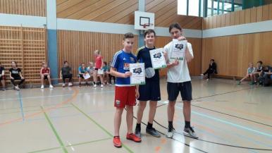 06_Jungen 7. Klasse (v. l. n r. ) 3. Platz Clemens Wiegand, 1. Platz Lenny Wuttke, 2. Platz Damien Trautmann)