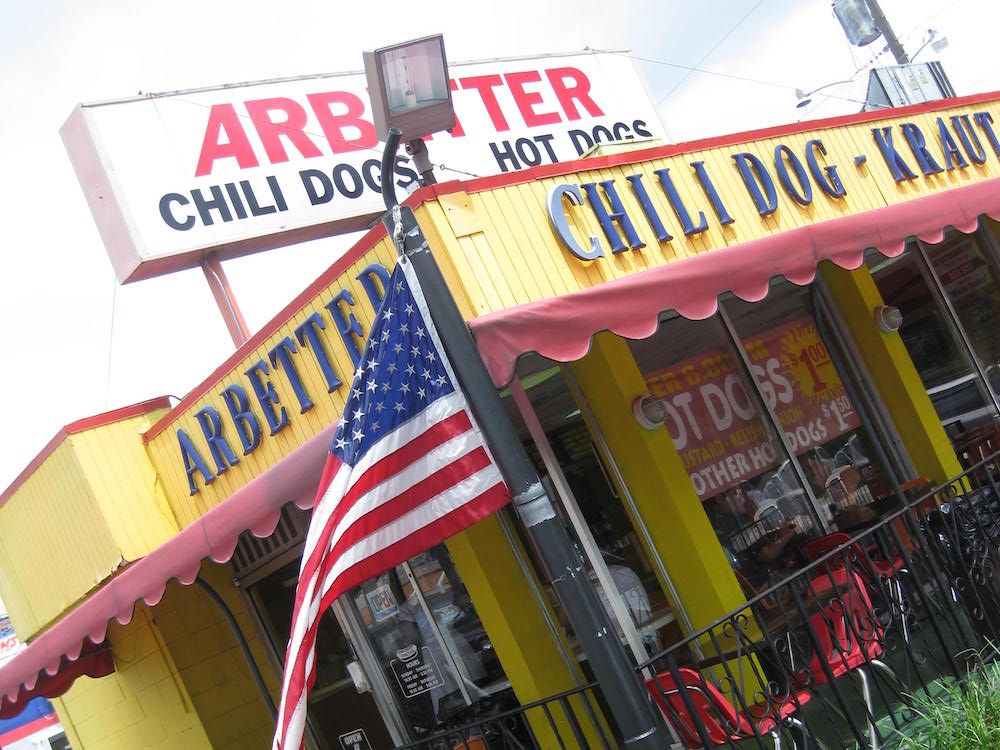 Arbetter Hot Dogs in Westchester, Florida