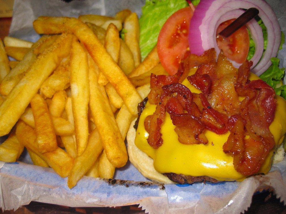 Hog's Breath Saloon Cheeseburger