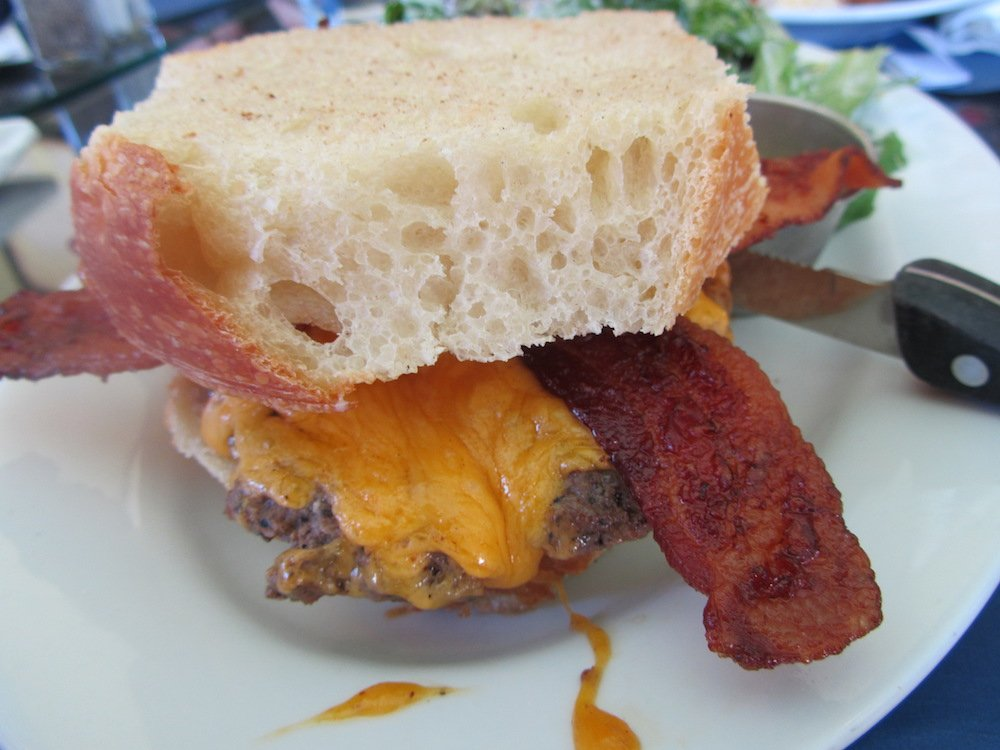 Cheeseburger with Bacon