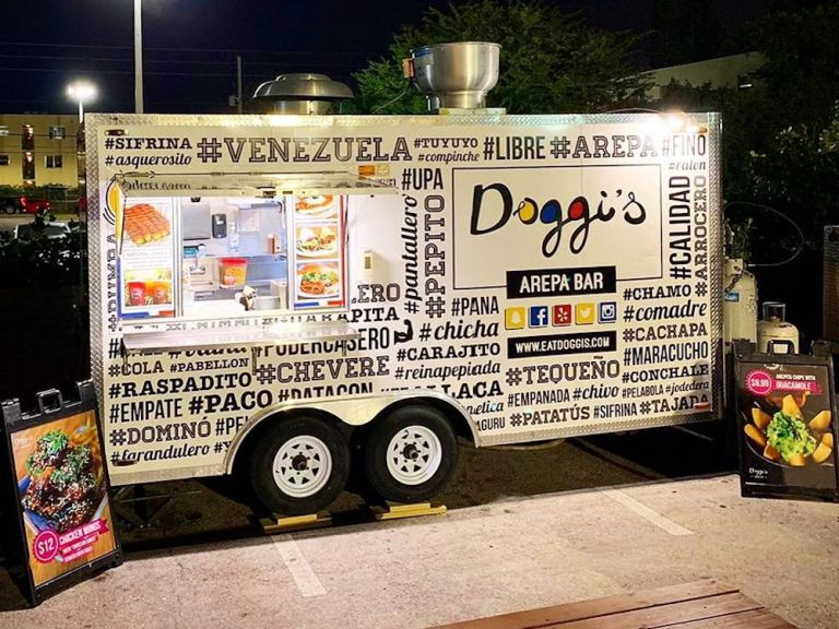 Doggi's Arepa Bar & Food Truck