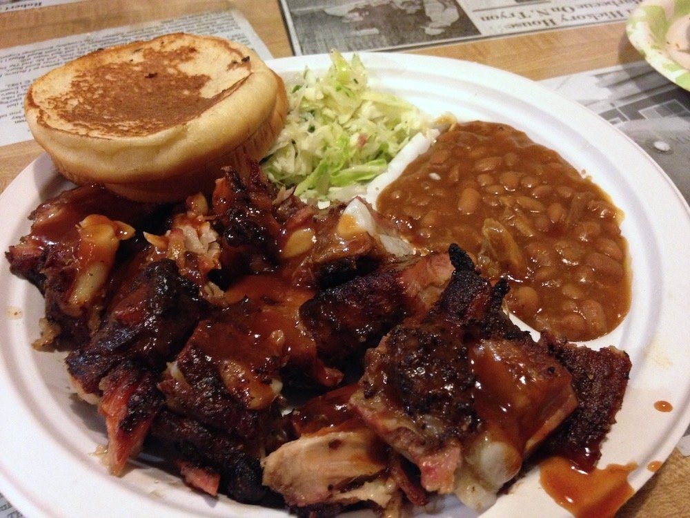 Bar-B-Q Pork Plate w/Beans, Cole Slaw & Bread