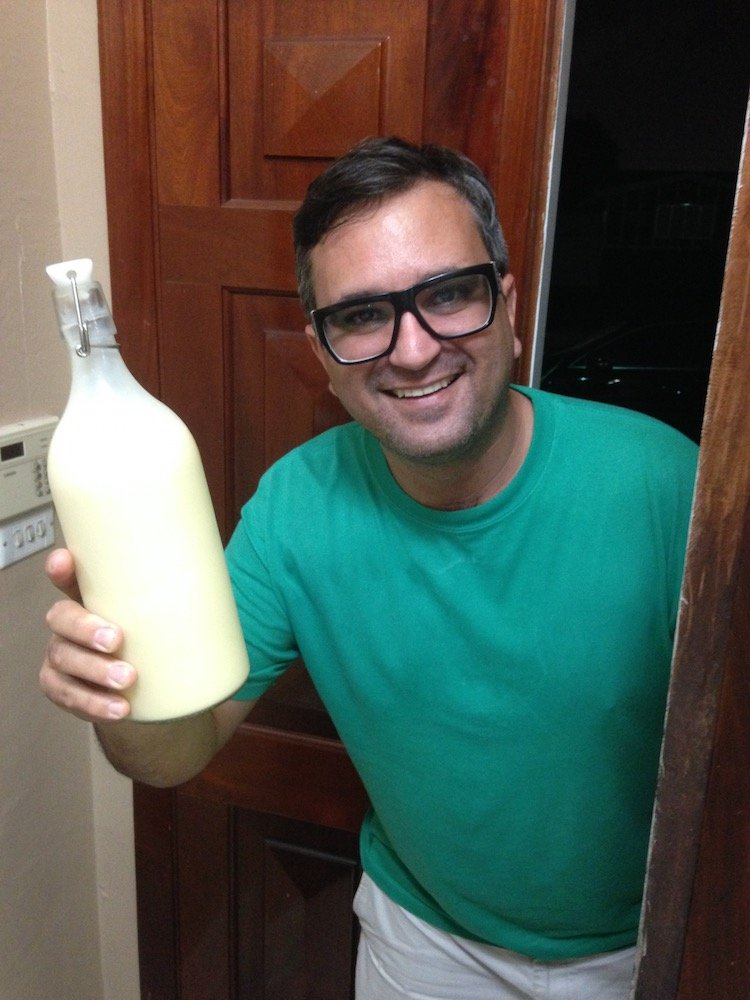 Crema de Vie with Tony from Los Bobos