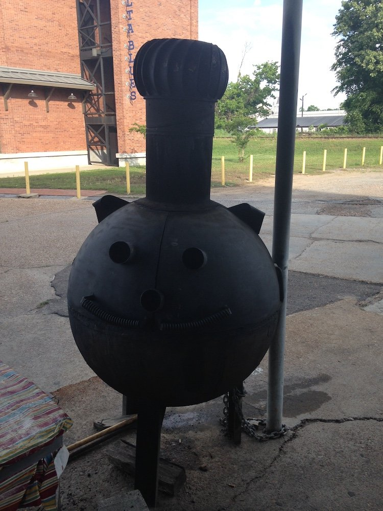 Pig Shaped Smoker