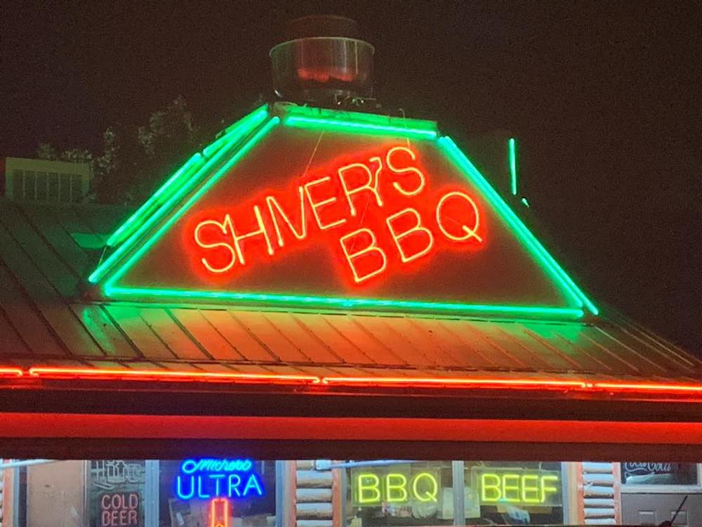 Shiver's BBQ Building Neon