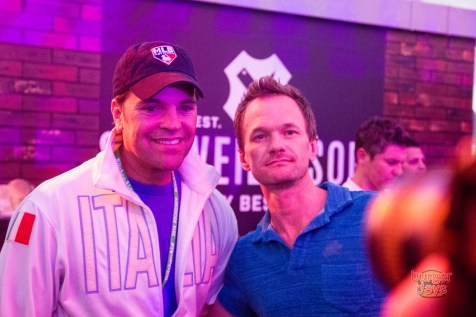 Bash judges Mike Piazza and Neil Patrick Harris being cool as shit.