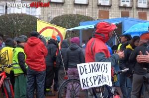 Participantes en la marcha a París por el Clima