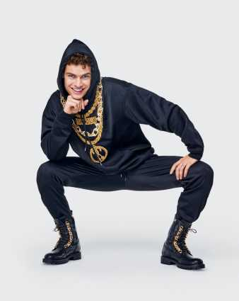 h&m moschino lookbook hombres-19