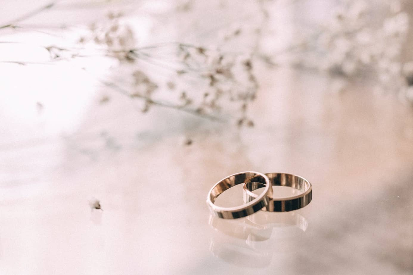 10 Things You Should Do While Buying A Wedding Ring Band Which Is Made Up Of Tungsten Metal (2021)