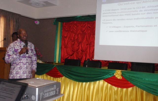 Le coordonnateur de AFRICALLIA, Félix Sanon, lors de sa présentation