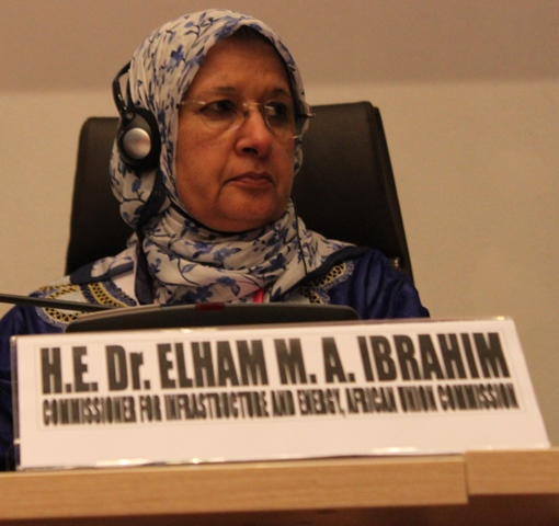 La commissaire à l'énergie de l'Union africaine, Dr Elham Ibrahim
