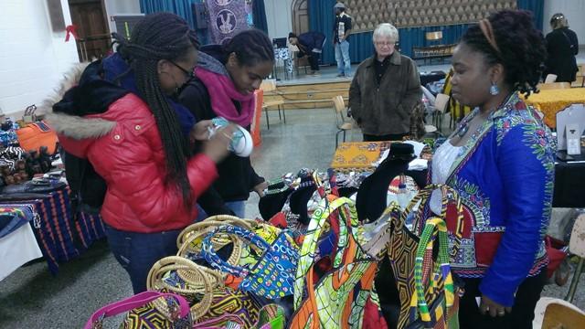 Les produits Esse Art & Design suscitent toujours de l'intérêt chez les africains et les occidentaux