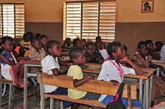 Plus de contributions à l'initiative bourses scolaires permettra d'accroître le nombre de bénéficiaires