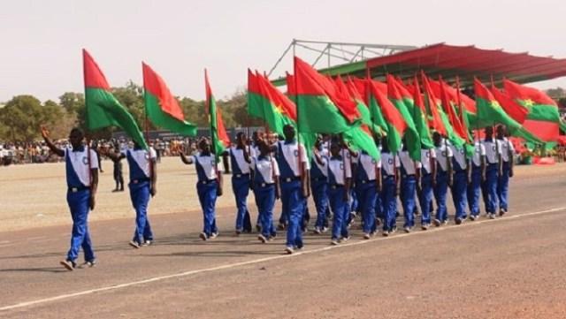 Les couleurs nationales fièrement portées