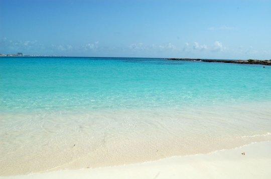 Cerulean sea, Cancun