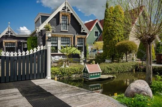 In Het Kalf, Netherlands