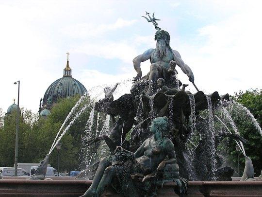 Neptune Fountain, Berlin