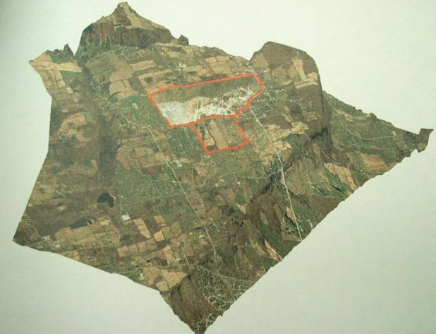 Few in Burlington fully understand how much harm was being done to the Escarpment as a result of the quarry. Thus topographical map shows where the quarry is in relationship to the Escarpment. The site is shown in red outline.