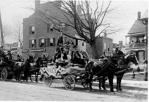 Sons of England (S.O.E.) float in 1912