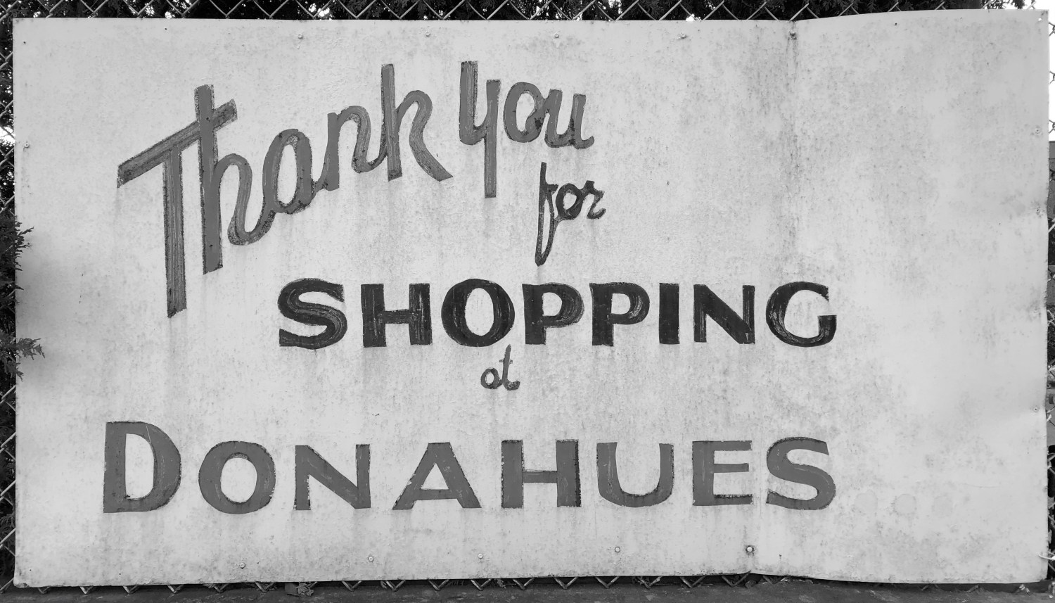 Donahue's Furniture sign, Burlington, MA