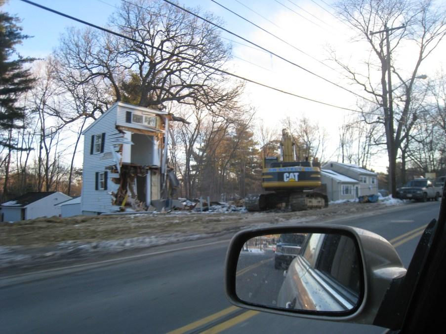 Winn St. houses razed 3