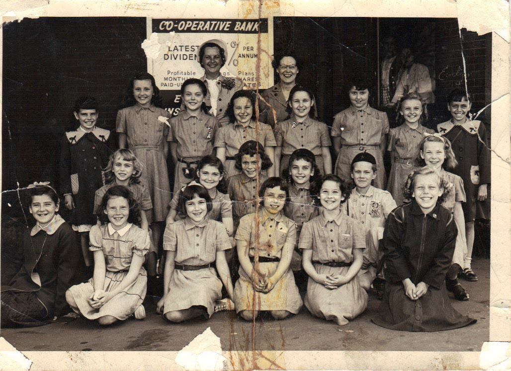 1954 Brownies Burlington MA. Photo credit: Dayle Caterino