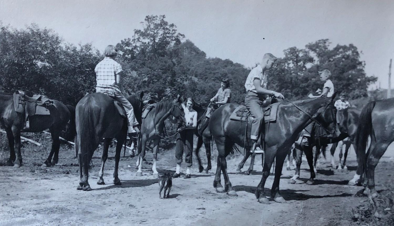 Burns kids horseback riding