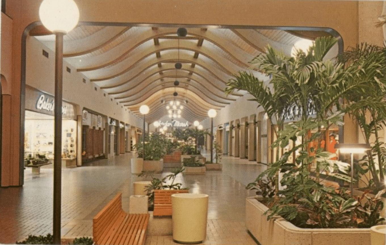 Burlington Mall, 1970, Burlington, mA