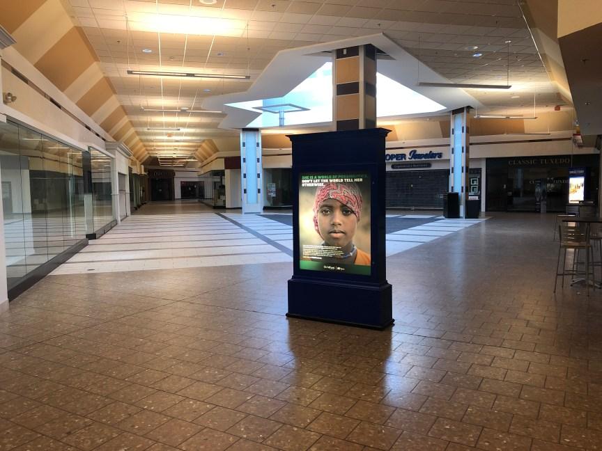 Woburn Mall vacant