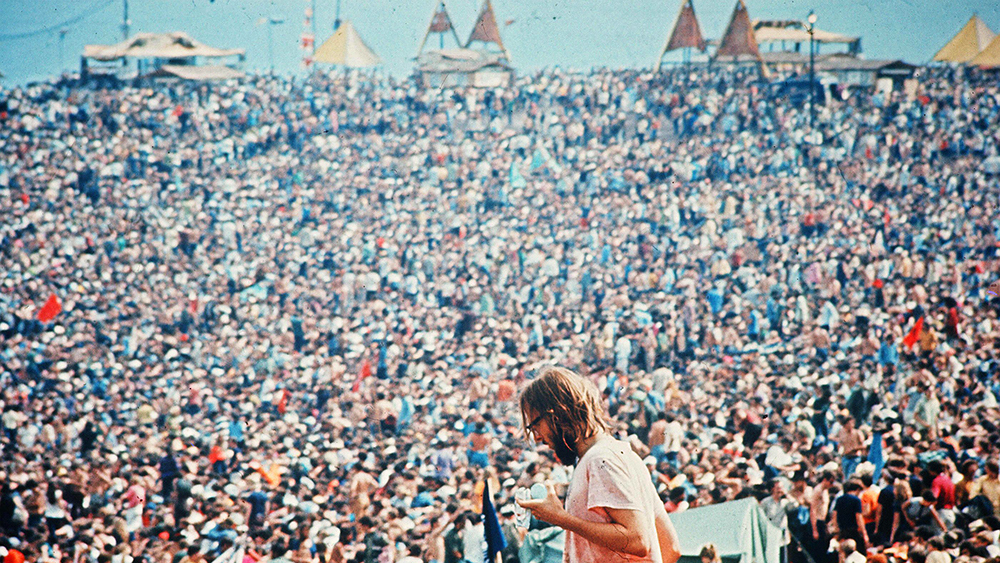 Photo by Warner Bros/Kobal/REX/Shutterstock (5884678b) Woodstock (1970) Woodstock - 1970 Director: Michael Wadleigh Warner Bros USA Scene Still