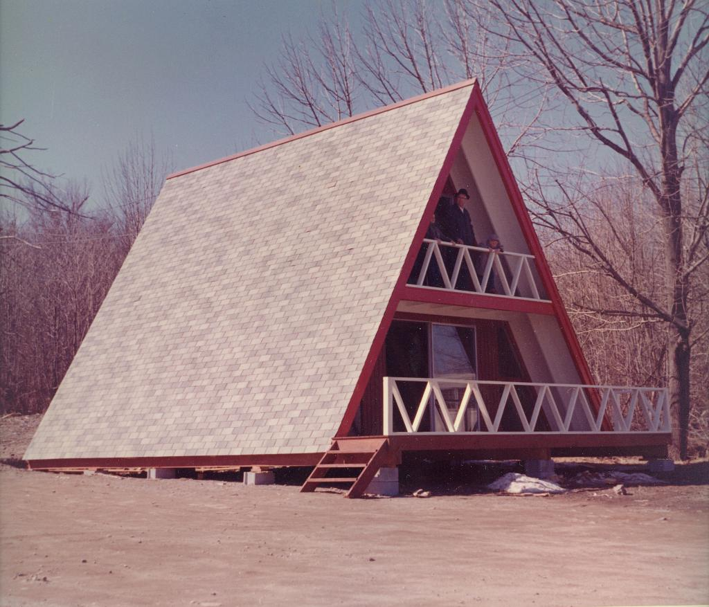 A-Frame house on diplay at Gilbilt Lumber, Burlington