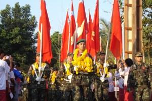 မွန်အမျိုးသားတပ်မတော်ဂုဏ်ပြုတပ်ဖွဲ့ချီတက်နေစဉ်( Photo-IMNA)