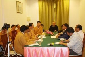RCSS နှင့်အစိုးရကိုယ်စားလှယ်တို့ တွေ့ဆုံဆွေးနွေးစဉ် (Photo: taifreedom.com)