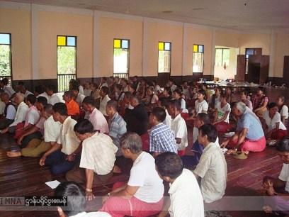 မွန်အမျိုးသားကျောင်း နှင့် ပညာရေးအကျိုးတော်ဆောင်အဖွဲ့မှ ဆရာ/ဆရာမလစာထောက်ပံ့ရေးအတွက် စည်းရုံးရေးဆင်းနေစဉ်။