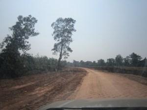 သံဖြူဇရပ်-ဘုရားသုံးဆူကားလမ်းပိုင်းတစ်နေရာ(BNA)