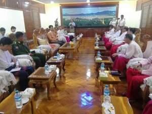 ဓါတ်ပုံ - မွန်ပြည်သစ်ပါတီနှင့် မွန်ပြည်နယ်အစိုးရ တွေ့ဆုံပွဲ (War War Zin Oo Facebook)