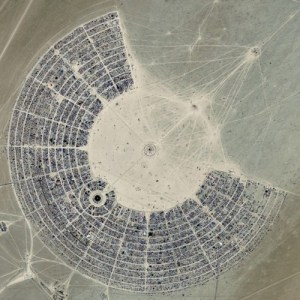 the-dust-storm-burning-man-2010-04-500x500