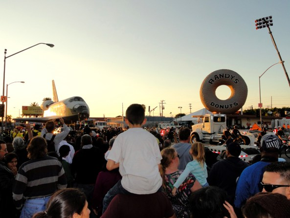 The Space Shuttle caused quite a scene on the streets of LA. Image: J Jakobson/Flickr (Creative Commons)