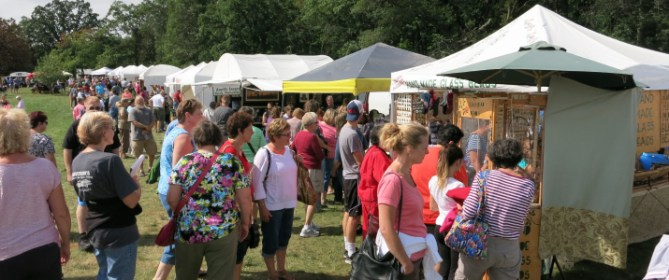 Voyager Village Arts and Crafts Show