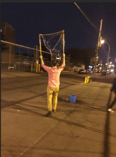 Benny Bulbous, the bubble artist wowing people on Bogart Street