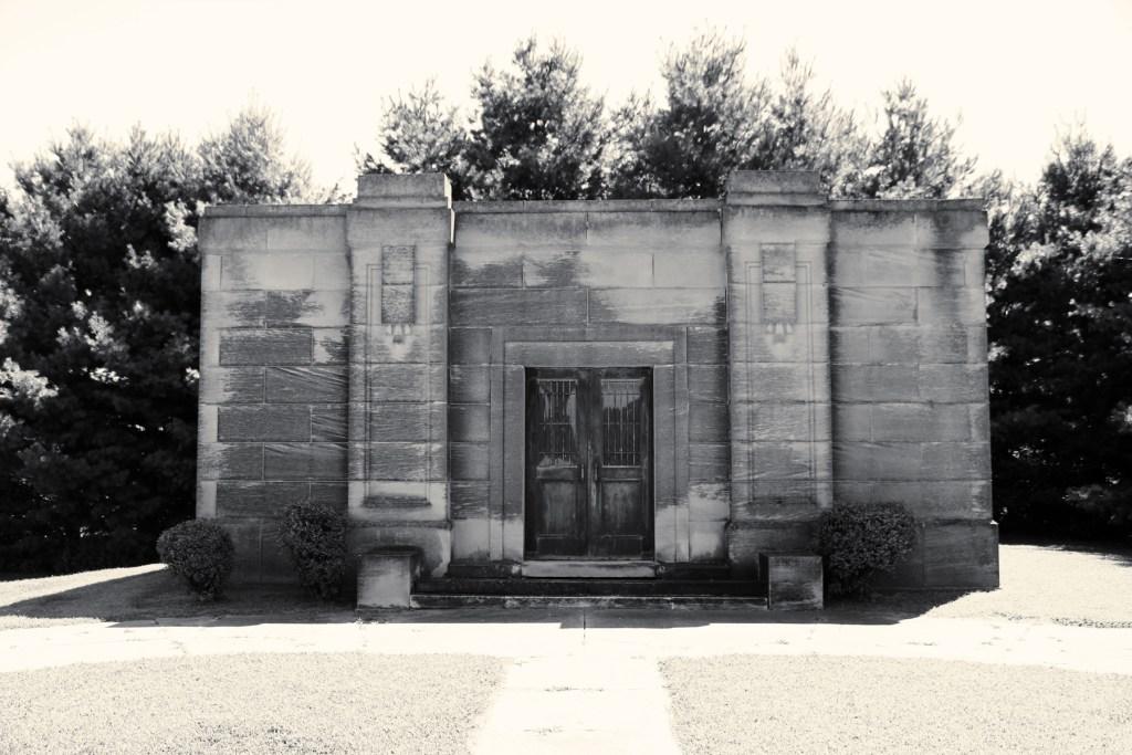 Mausoleum Ipava