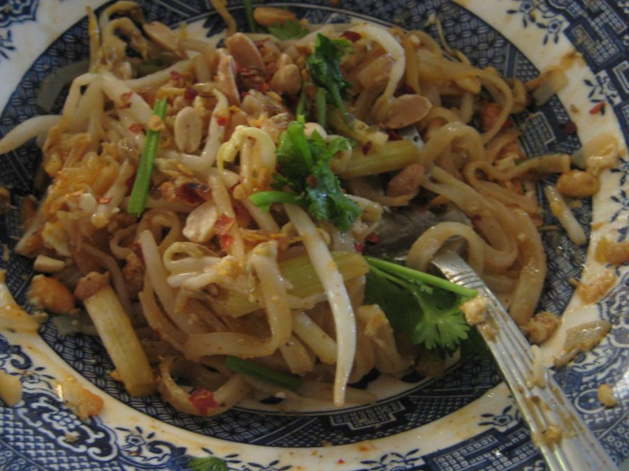 This pad thai is too good to sit around