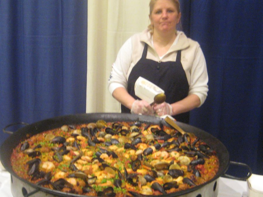 Giant Paella from Pie Truck