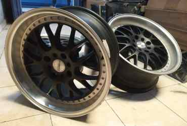 veleg racing model HYBREED R17X75/8 h8X100/114 ET45 BLACK