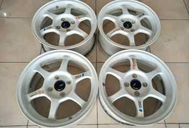 Velg Racing SSR Ring15 Pcd4x100 White