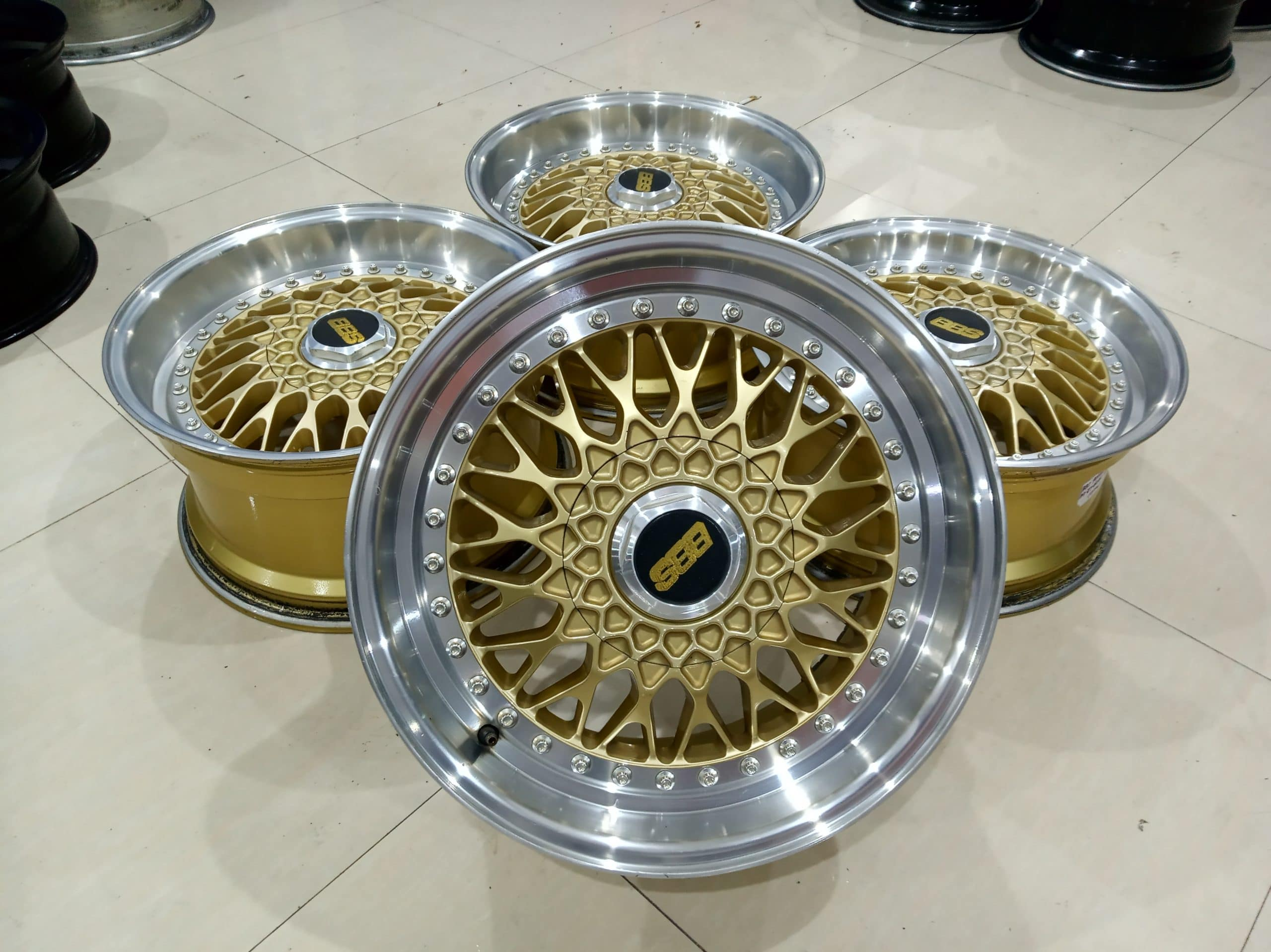 VELG SECOND BBS RS R17X8/9 PCD 4X100/114'3 ET40/35