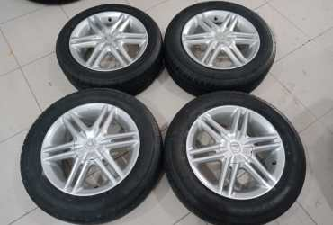 PELEK ORIGINAL MOBIL CITY R15 PLUSH BAN UKURAN 185/60-15